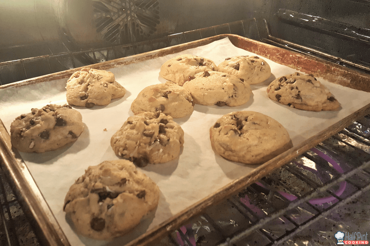 chocolate chip cookies-oven