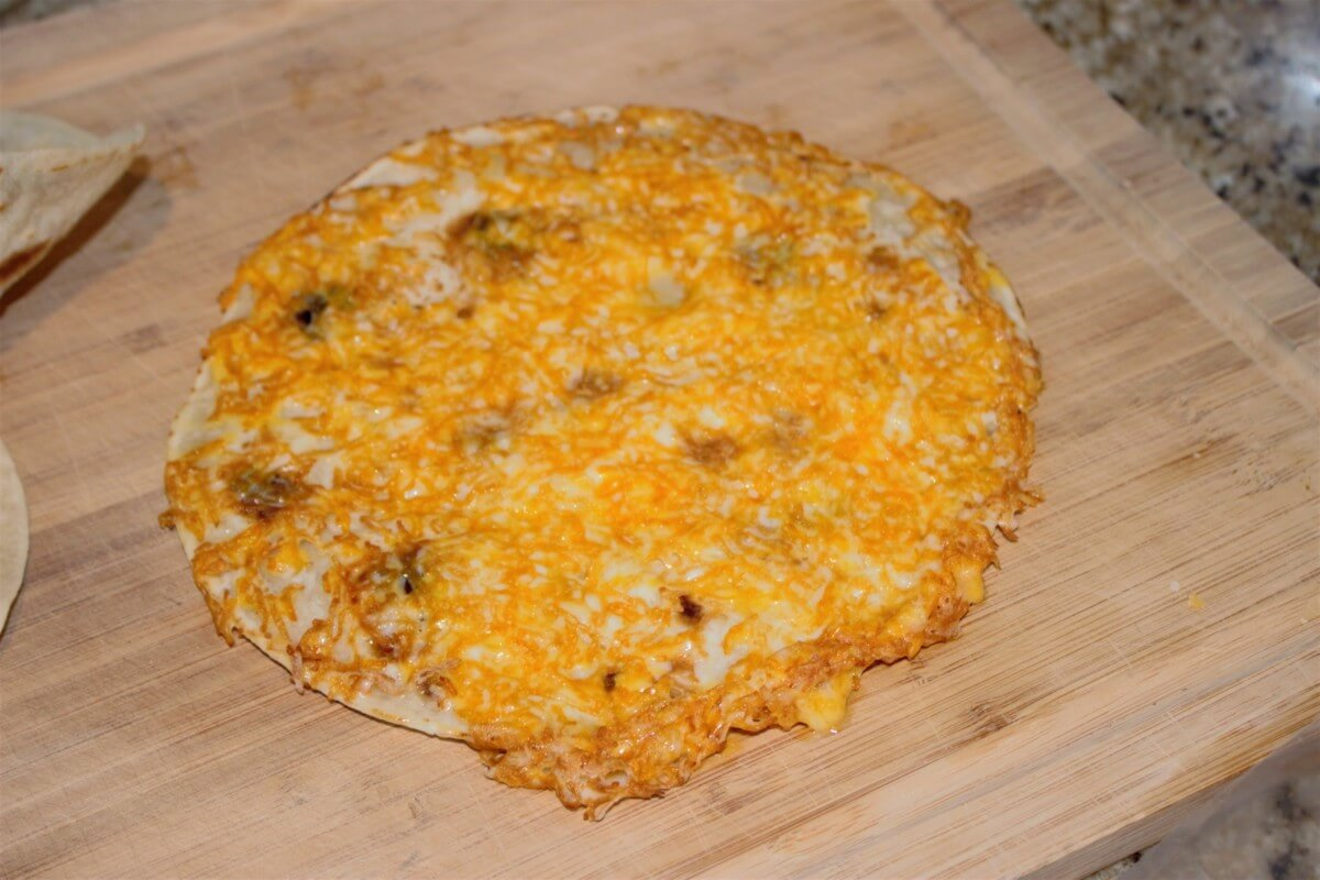 quesadilla-cooked cheese