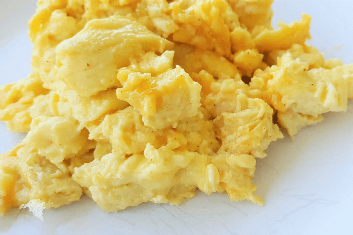 scrambled eggs-featured image